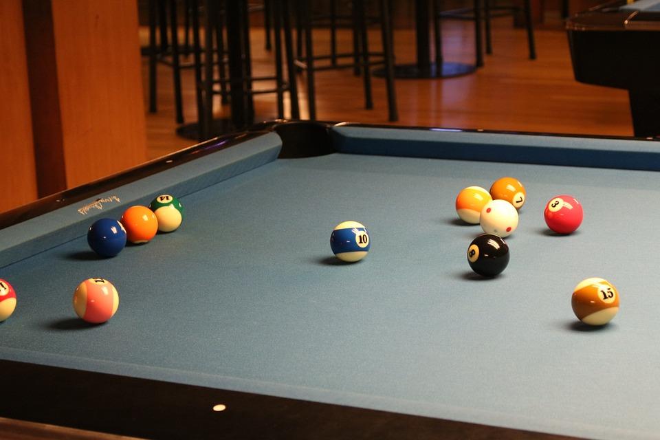 pool-216416_960_720